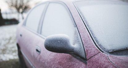 Запуск двигателя в мороз: о чем нужно помнить водителям?